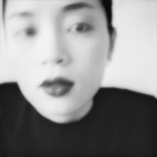 川上恵莉子 | KAWAKAMI Eriko